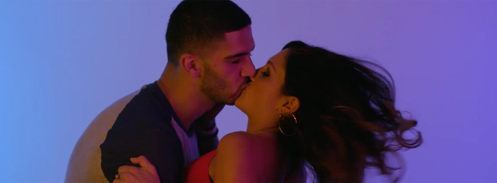 scottsdale-kiss