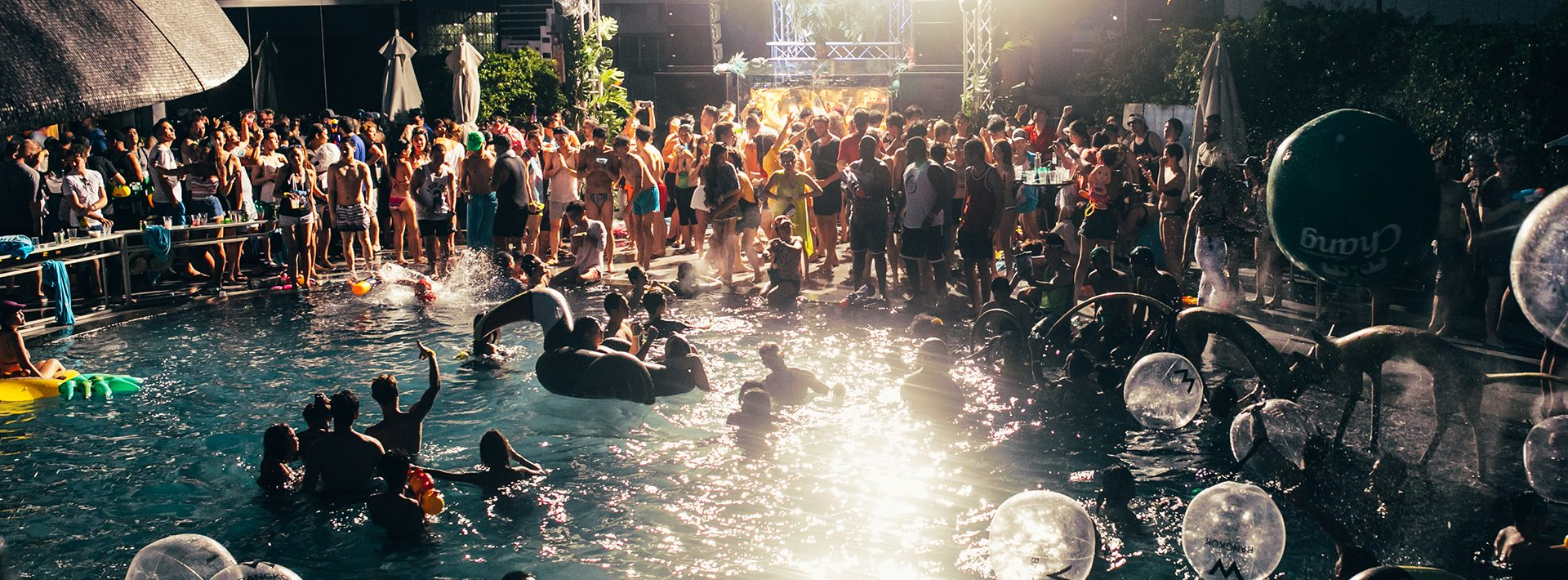 Whotels_WET-Deckparty_header